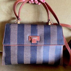 AUTHENTIC FENDI 🖤 Vintage Leather Bag